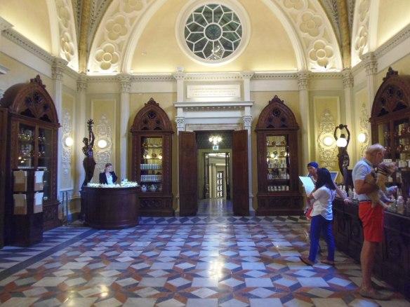 L'une des salles de l'Officina Profumo Farmaceutica di Santa Maria Novella
