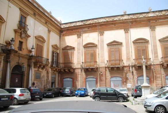 Le Palazzo Valguarnero Gangi aurait besoin d'une petite mise à niveau.