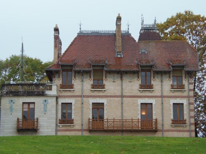 La villa Oustau est devenue un centre culturel.
