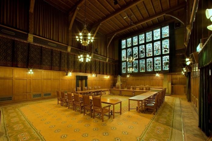L'une des vastes salles de réception de la Beurs van Berlage d'Amsterdam. Crédit photo Beurs van Berlage.