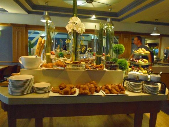 Buffet du petit déjeuner.