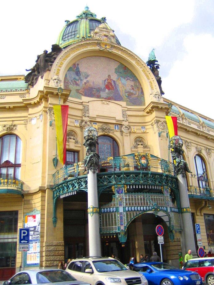 La Maison municipale à Prague.