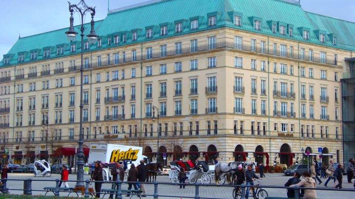 L'hôtel Adlon Kempiski de Berlin.