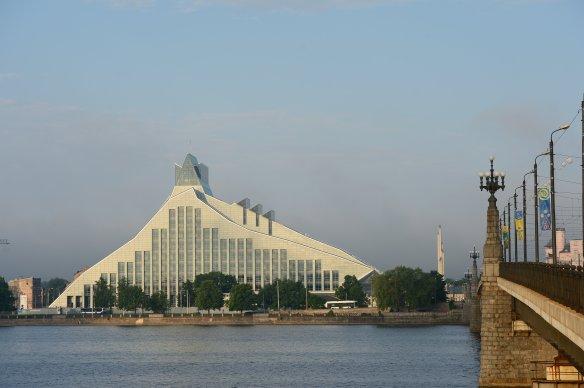 Bibliothèque Nationale (Riga). Crédit photo Rigas mezi.