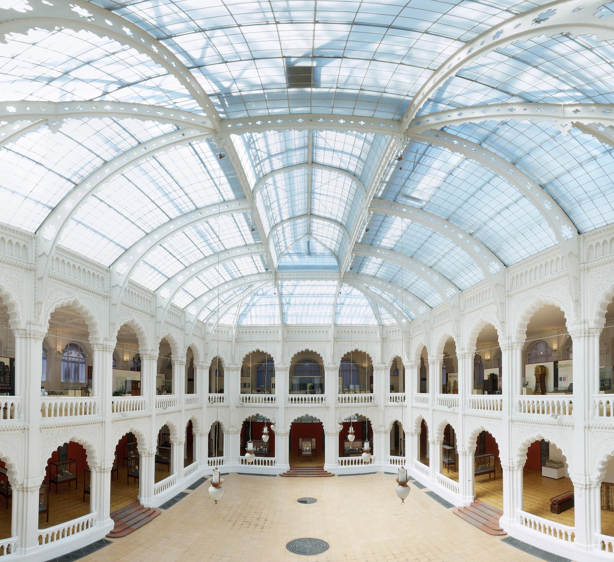 Budapest et l art nouveau city breaks aaa - Musee des arts decoratifs metro ...