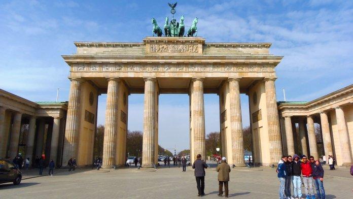 L'imposante porte de Brandebourg à Berlin.