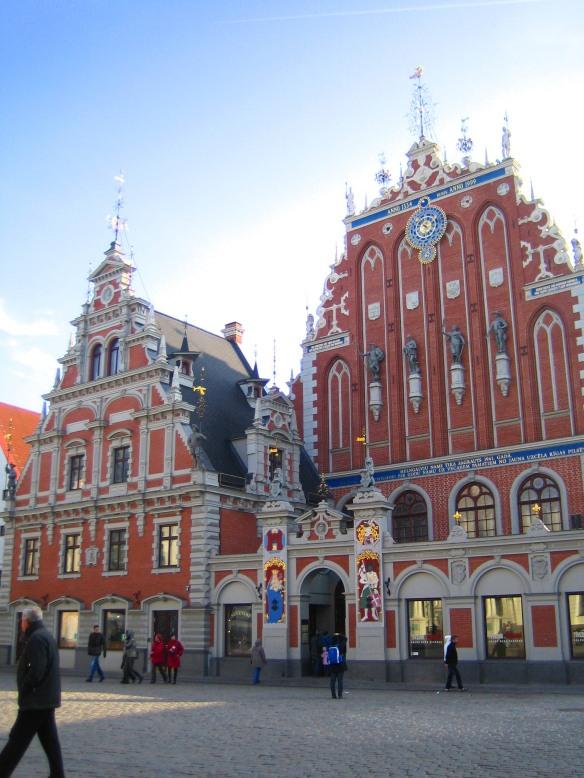 Bâtiment emblématique de Riga, la Maison des Têtes Noires.