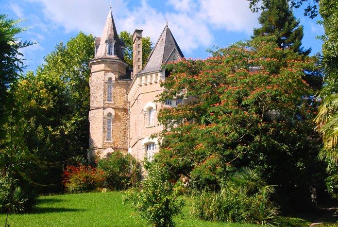 Villa Hermine, sur les hauteurs de Salies-de-Béarn.
