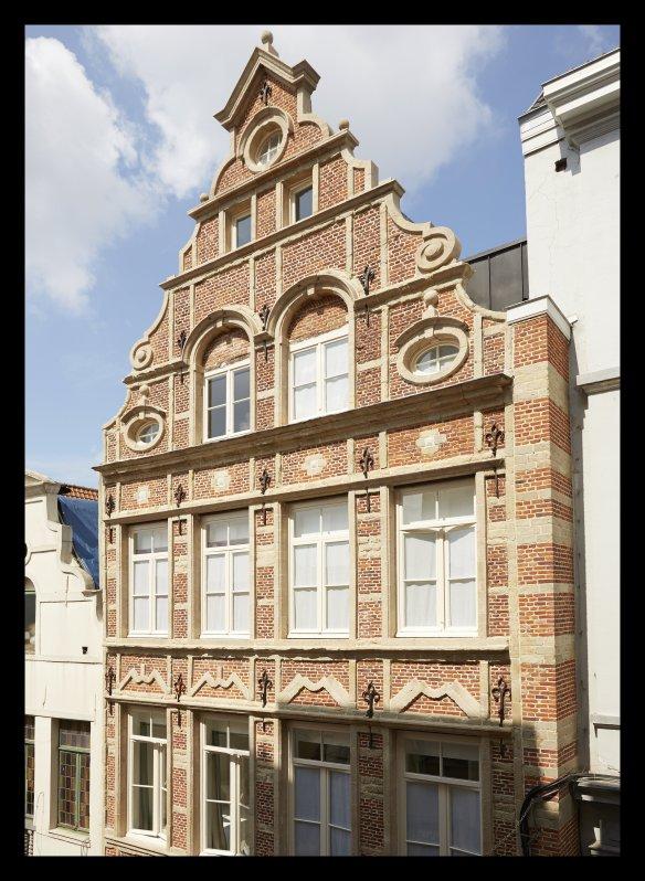 Hôtel des Galeries, Bruxelles, Galeries Royales Saint-Hubert, rue des Bouchers.