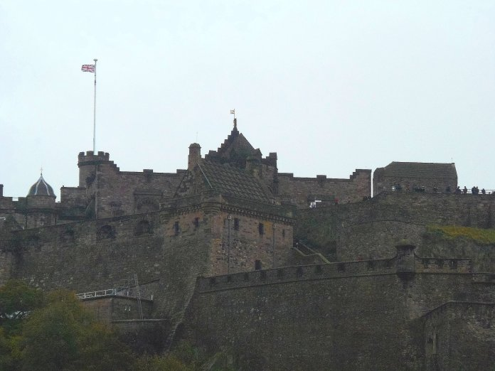 Château remparts Edimbourg Edinburgh