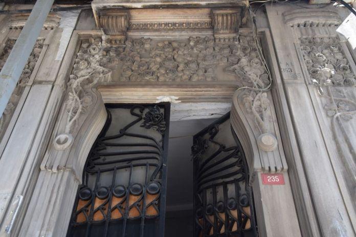 Art nouveau Raimondo d'Aronco ferronnerie pierre.