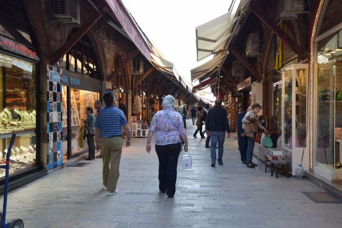Bazar Arasta Istanbul ciel ouvert