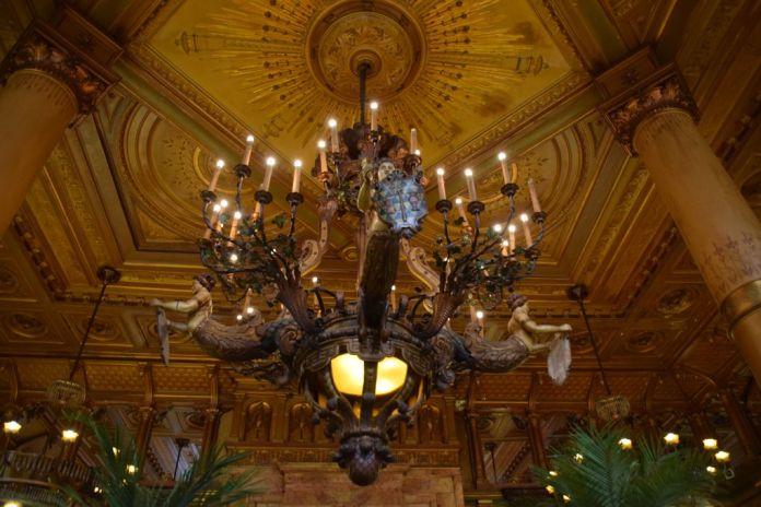 Brasserie suspension Hôtel Métropole Bruxelles Brussels
