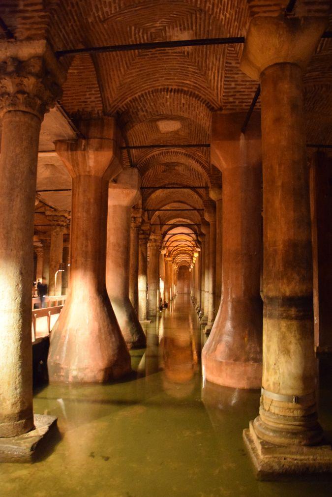 Citerne Basilique Istanbul piliers base large