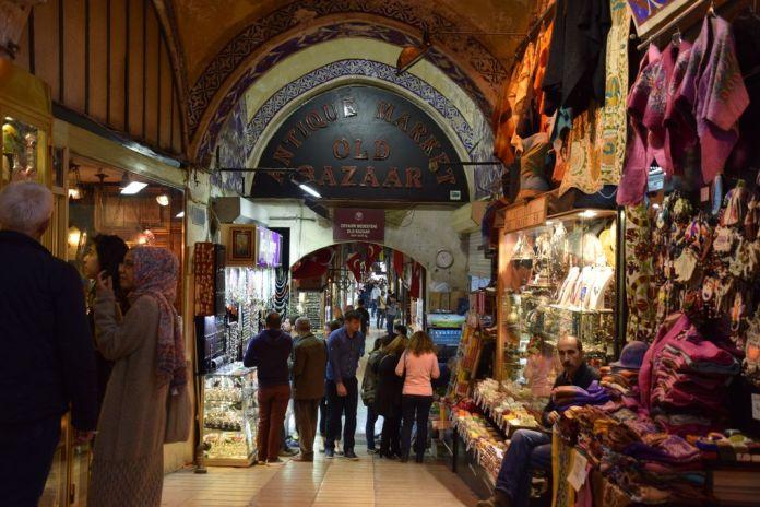 grand bazar istanbul portes fermées