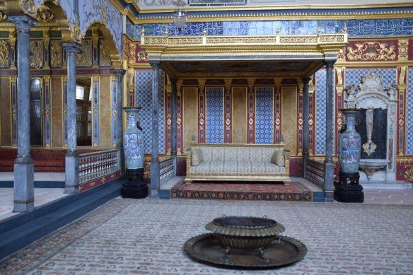 trône grand salon harem topkapi istanbul
