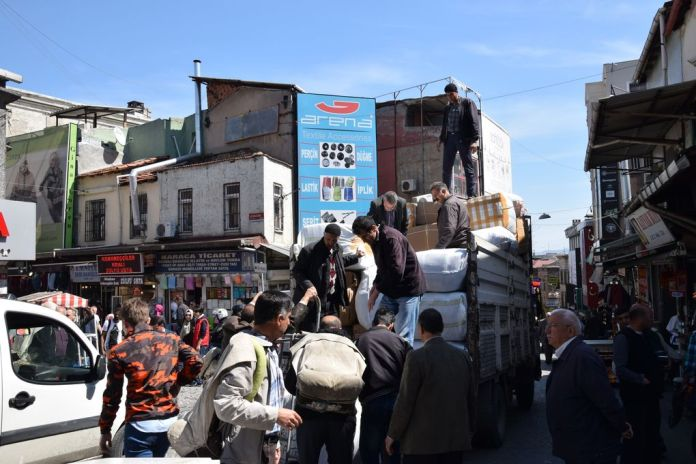chargement camion istanbul