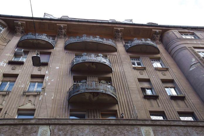 balcon arrondi Budapest Hongrie Hungary