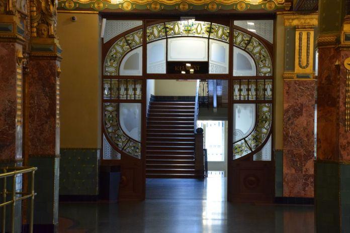 porte vitraux académie Liszt Budapest Hongrie Hungary