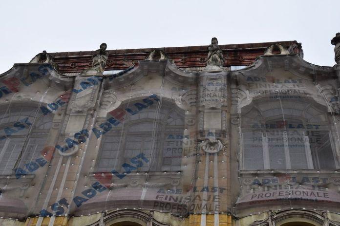 façade voilée Oradea Roumanie