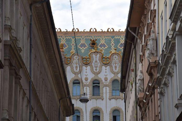 toit caisse d'épargne Budapest Hongrie Hungary