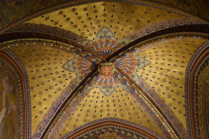 voûte église Mathias Budapest Hongrie Hungary