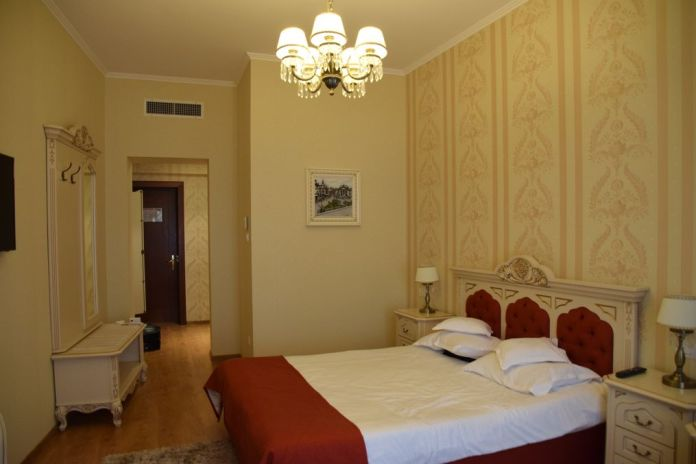 chambre hôtel Astoria Oradea Roumanie