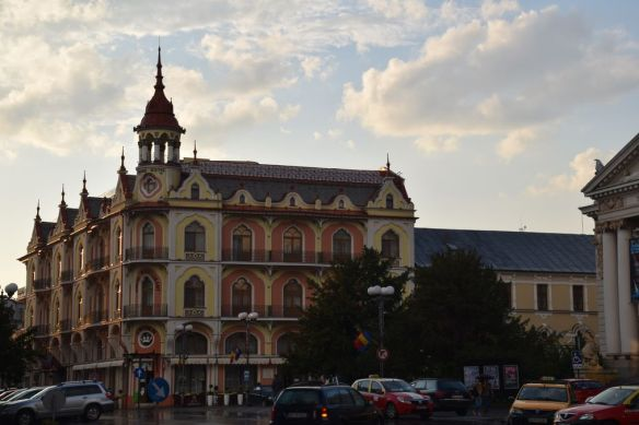 découpes Hôtel Astoria Oradea Roumanie