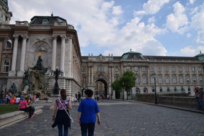 cour intérieure palais budapest Hongrie Hungary