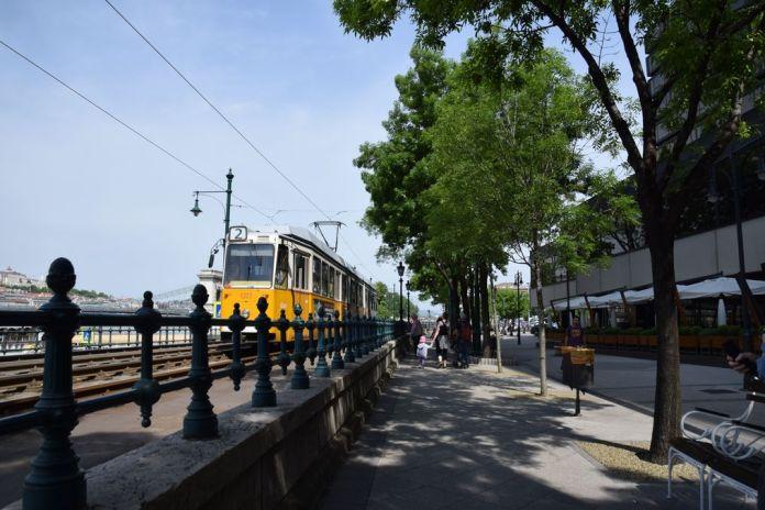 tram n°2 Budapest Hongrie Hungary