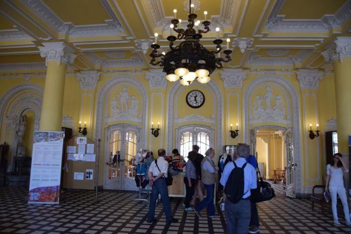 entrée secondaire Bains szechenyi Budapest Hongrie Hungary