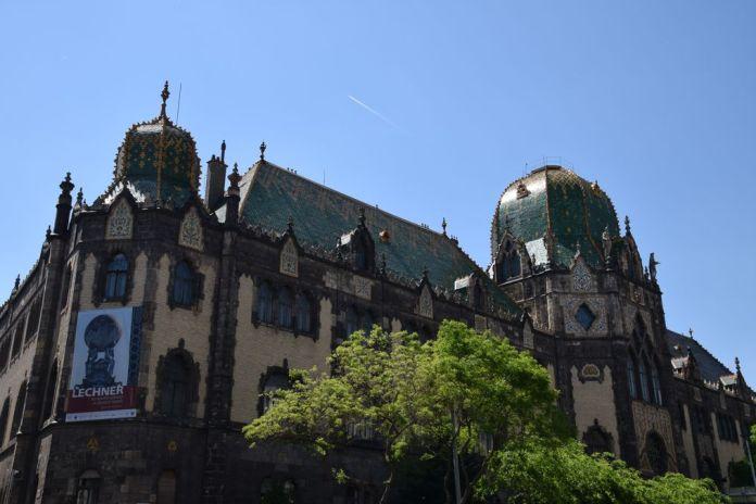 musée arts décoratifs Budapest Hongrie Hungary