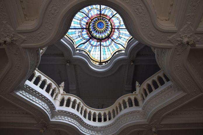 vitrail musée arts décoratifs Budapest Hongrie Hungary