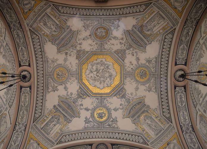voûtes opéra Budapest Hongrie Hungary