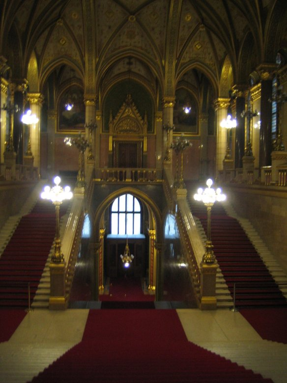escalier parlement Budapest Hongrie Hungary