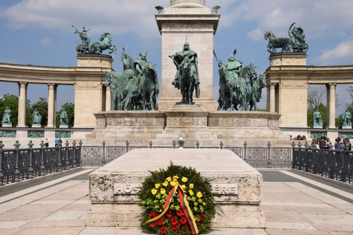soldat inconnu à Budapest Hongrie Hungary
