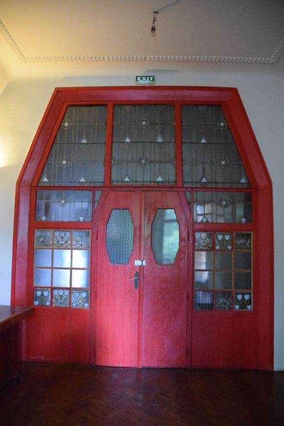 porte intérieure Villa Darvas Laroche Oradea Roumanie