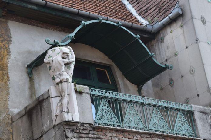 balcon villa Darvas Laroche Oradea Roumanie
