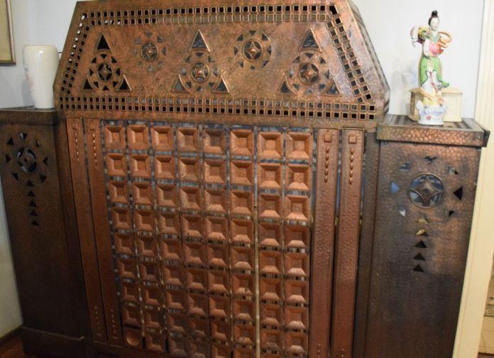 cache radiateur Villa Darvas-Laroche Oradea Roumanie