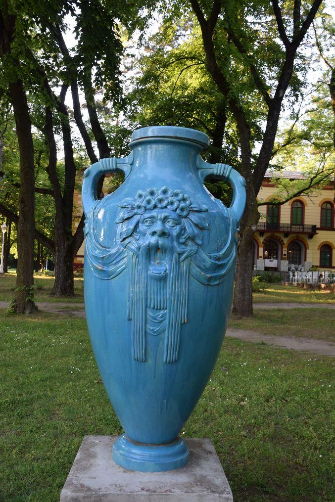 vase Palic Zsolnay Palic Serbie