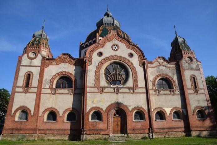 synagogue Subotica Serbie réhabilitation