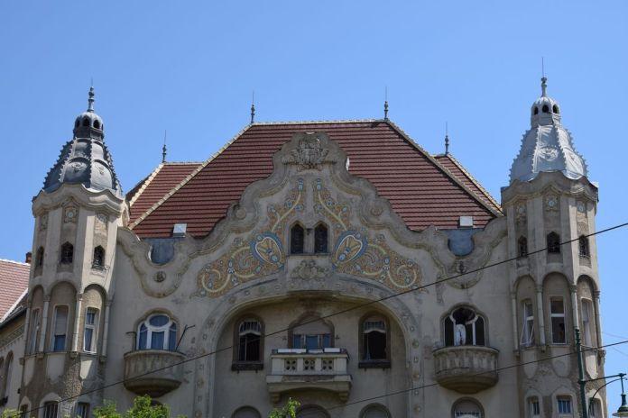 balcons tours palais Gref Szeged Hongrie