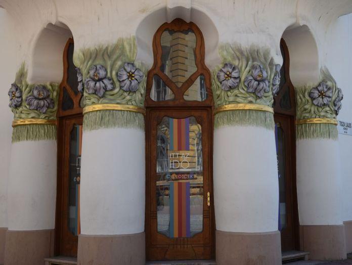 Palais Reok iris pensées Szeged Hongrie