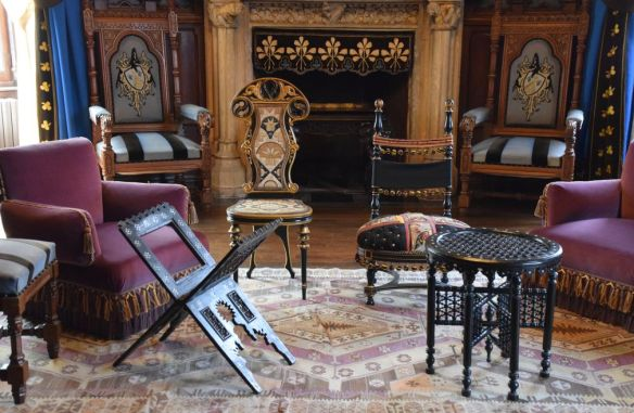 mobilier arabisant Abbadia Hendaye