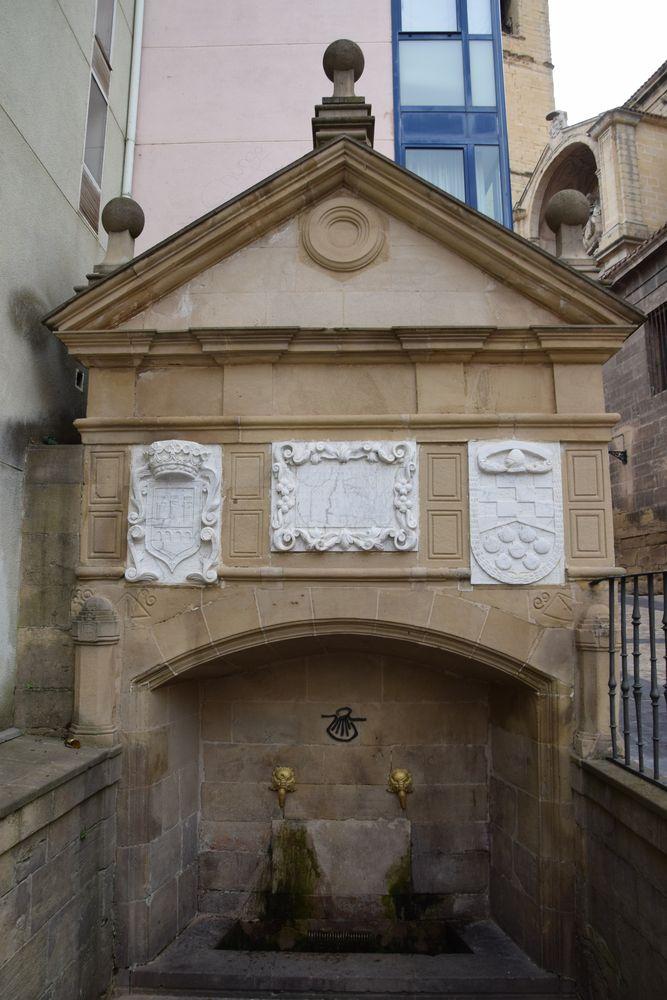 fontaine du pèlerin Logrono Rioja
