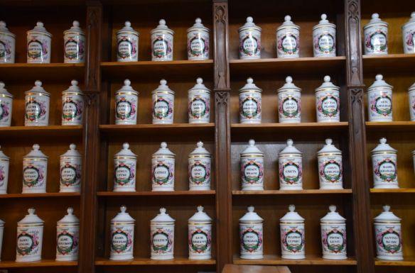 pharmacie pots anciens Logrono Rioja