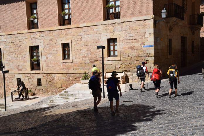 pèlerins Saint-Jacques-de-Compostelle Navarrete La Rioja
