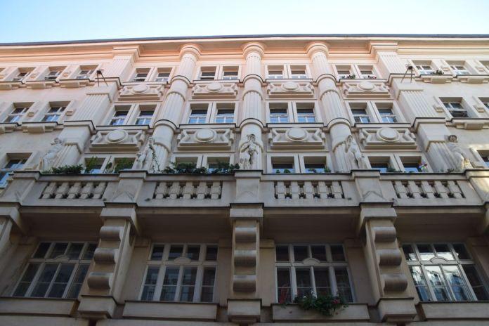 volumes B Zokak Prague