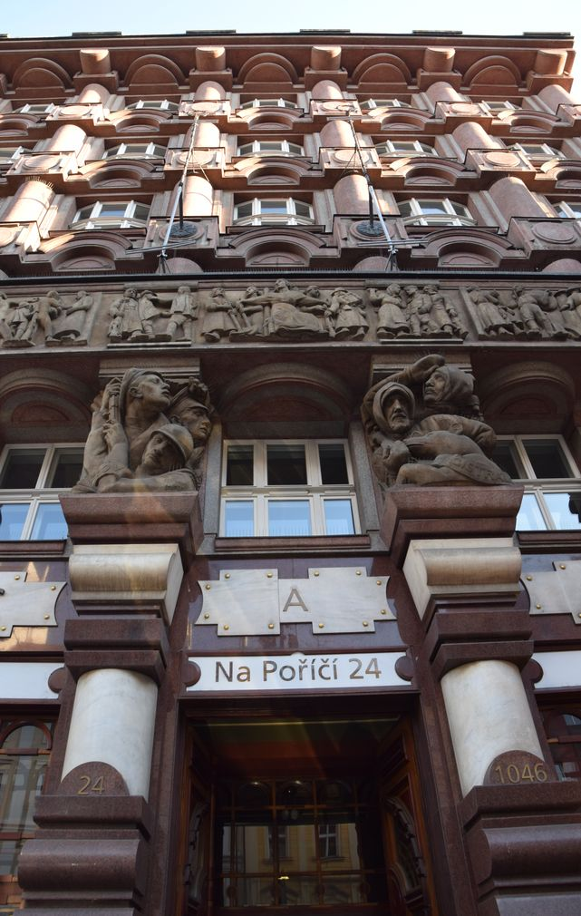 entrée Banque des Légionnaires Prague