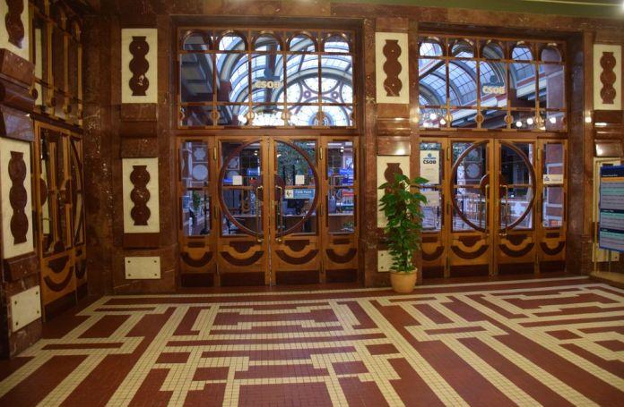 hall banque des légionnaires Prague